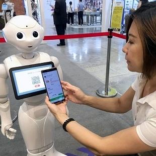Pepperによるモバイル注文、AIによる予約 SYSTEXとPerobotの「インテリジェントレストラン」ソリューションが独占デビュー